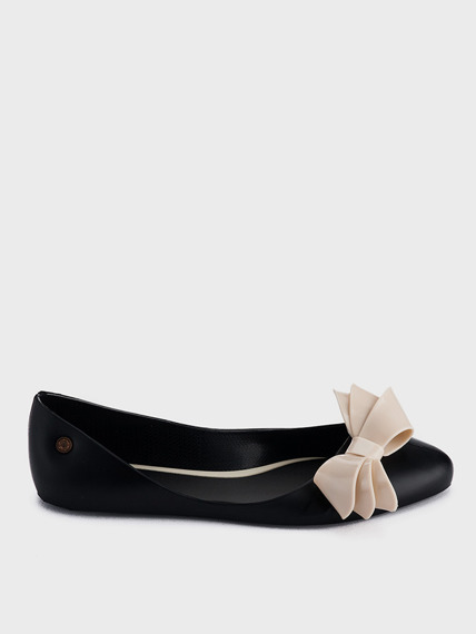 Black + BE Rubber Ballerinas Bow