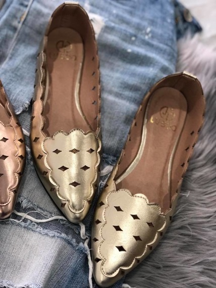 Laser Cut Gold Flats Glamour