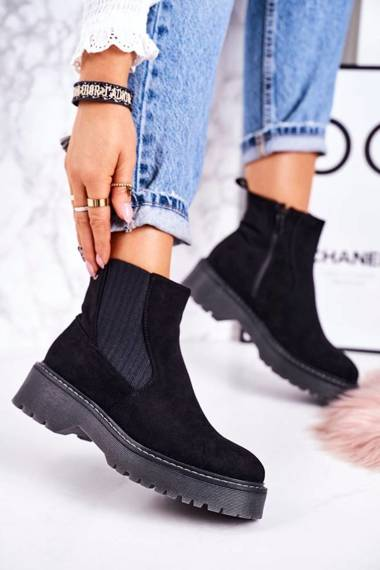 Women's Insulated Chelsea Boots On A Rubber Sole Suede Black Voyager