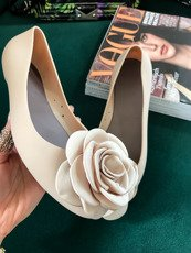 Beige flat ballerina shoes Rose