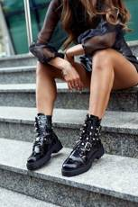 Women's Boots Lacquered Black Camelia